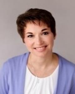 Angela  Walters